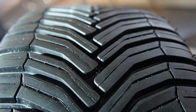 Протектор всесезонной резины Michelin CrossClimate