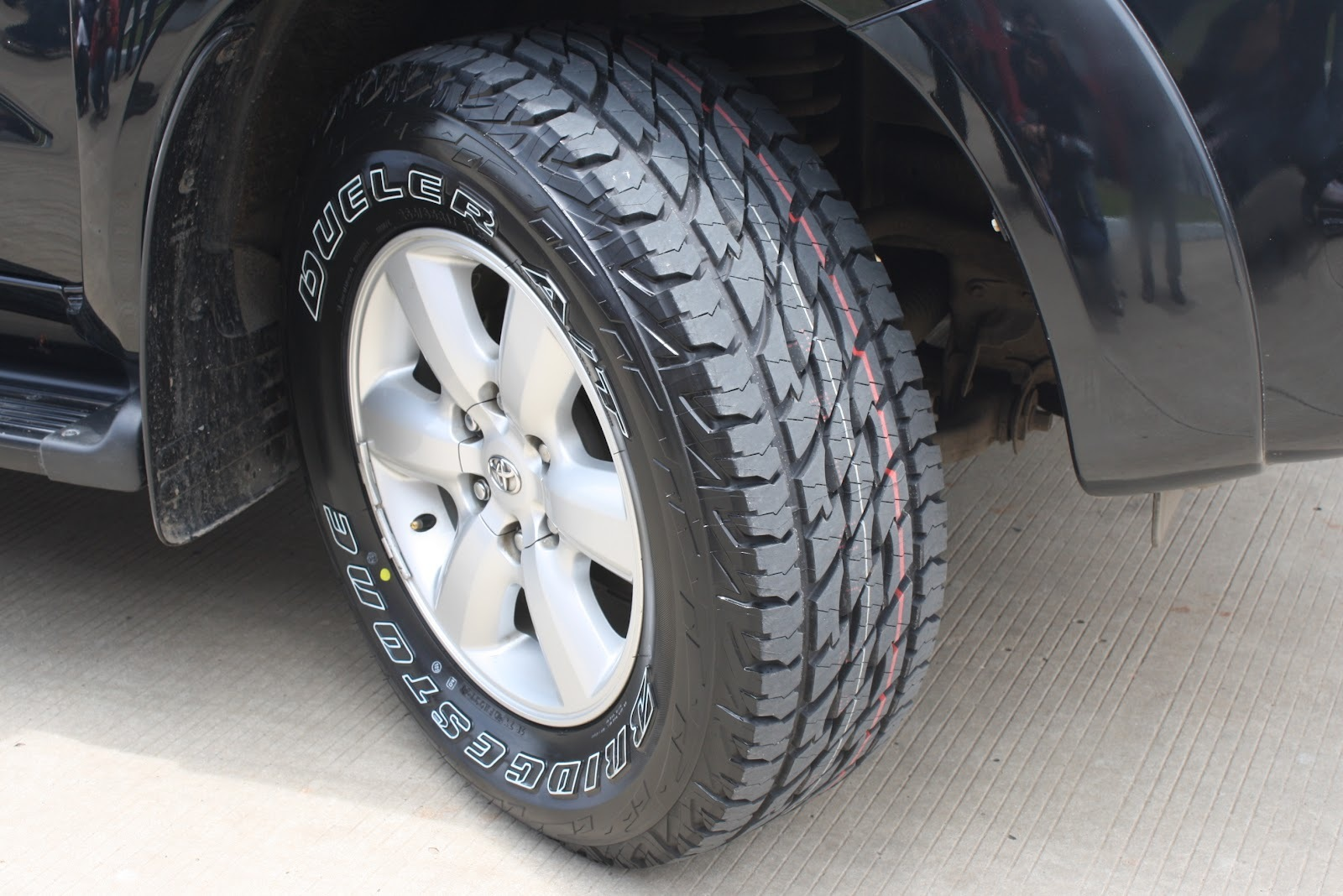 Шины Bridgestone Dueler A/T 697