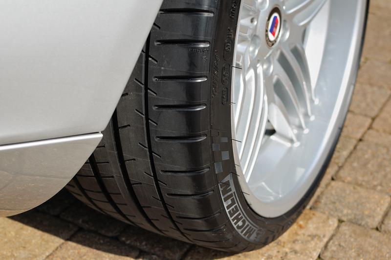 Шина Michelin Pilot Super Sport