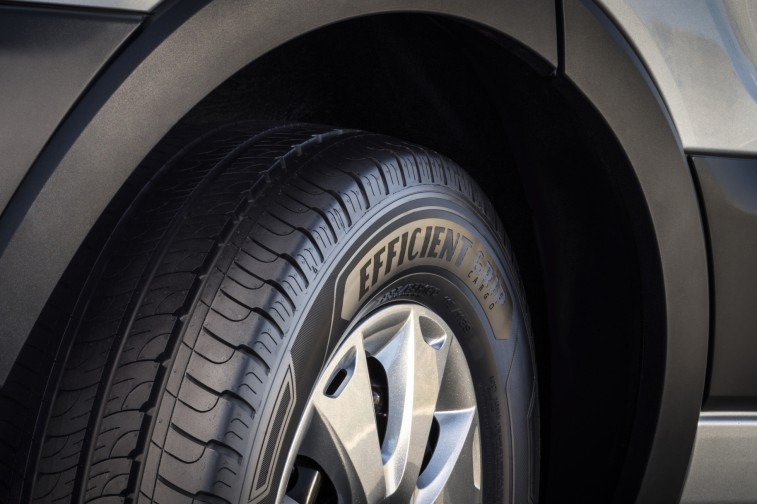 Авторезина Goodyear EfficientGrip Cargo
