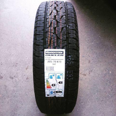 Резина Bridgestone Dueler A/T 001