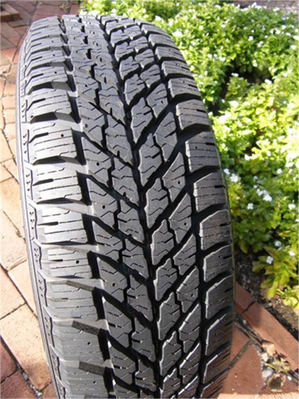Резина Goodyear UltraGrip Winter